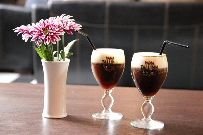 кофе в бокалах