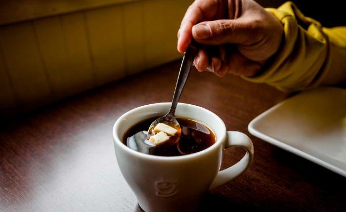 кофе с сыром бри